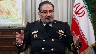 شمخانی: ایران برای تقویت بنیه دفاعی سوریه به دمشق رفت/ مذاکره با آمریکا بیفایده است