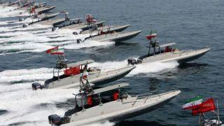 ادعای سیانان: قایقهای تندرو ایران در خلیج فارس به موشکهای بالستیک کوتاه برد و کروز مجهز شدهاند