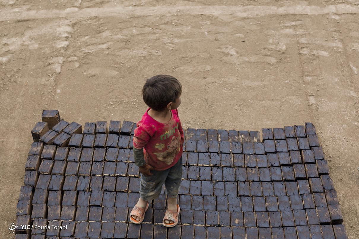 کودکان کورههای آجرپزی