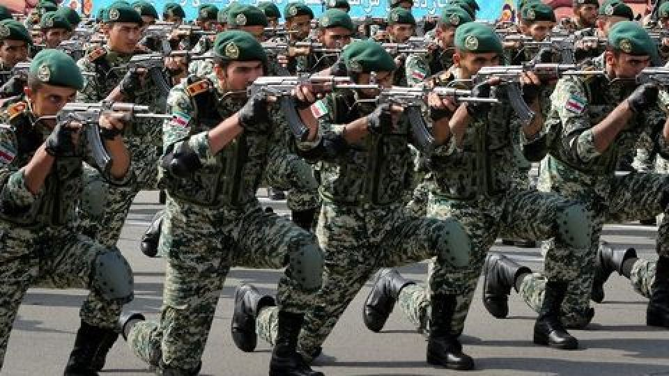 آگهی استخدام در نیروی هوایی ارتش (افسری و کارمندی)مهر 97