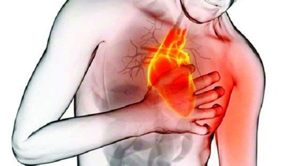 با مصرف روزانه این نوشیدنی به جنگ سکته قلبی بروید