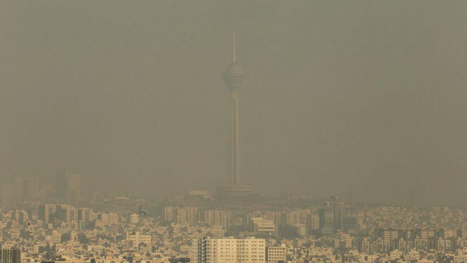 دو برابر شدن ایست قلبی در روزهای خاکستری تهران/ دعا کنیم باد بیاید
