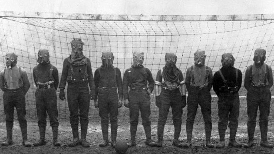 فوتبال، فراتر از مرگ و زندگی