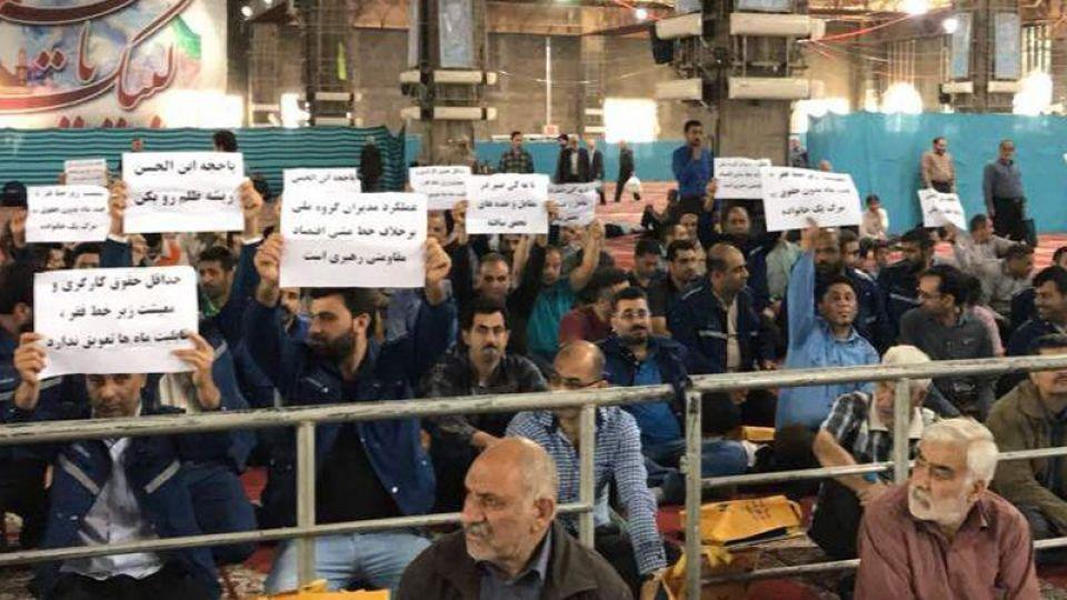 اقدام قابل تقدیر امام جمعه اهواز در قبال اعتراض تلخ کارگران