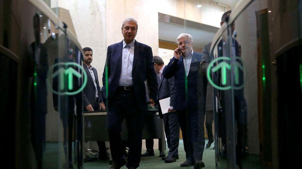 جلسه علنی مجلس با دستورکار استیضاح ربیعی