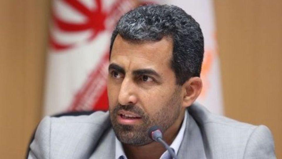پورابراهیمی: لاریجانی موافق طرح عوارض بر بنزین است