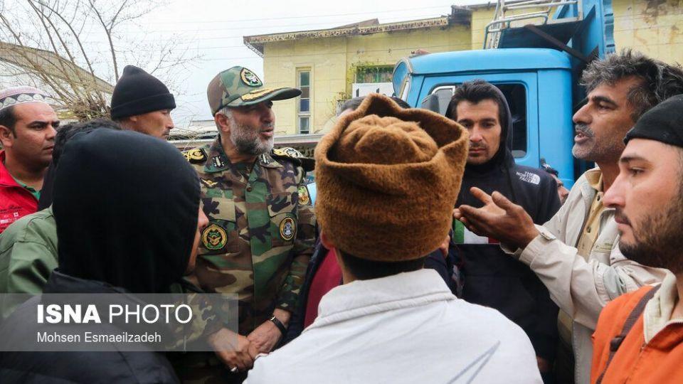 نفربرهای آبی-خاکی نیروی زمینی ارتش به کمک سیلزدگان آمد