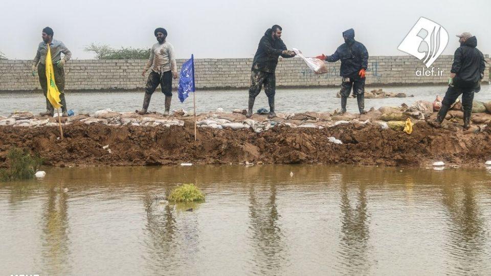 حضور جوانان لبنانی در امدادرسانی به مناطق سیلزده خوزستان - 6