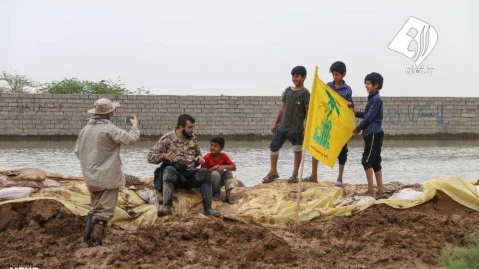 حضور جوانان لبنانی در امدادرسانی به مناطق سیلزده خوزستان - 16