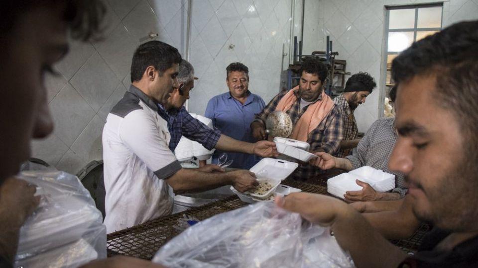 امدادرسانی مواکب به سیلاب خوزستان - 7