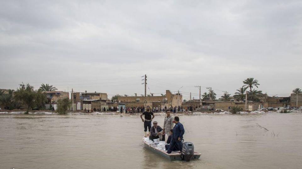 امدادرسانی مواکب به سیلاب خوزستان - 14