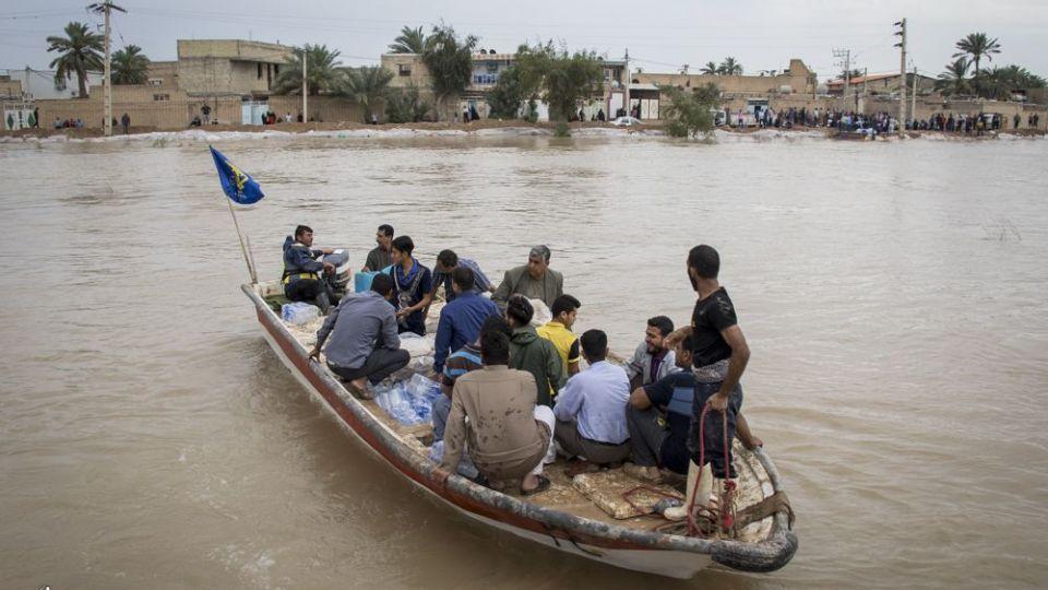 امدادرسانی مواکب به سیلاب خوزستان - 18