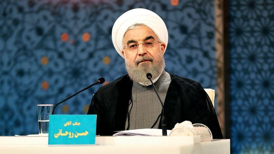 مناظره روحانی با رئیسجمهور!