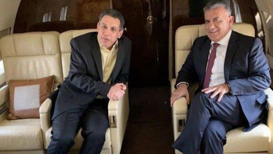 عباس ابراهیم و نزار زکا هنگام خروج از ایران