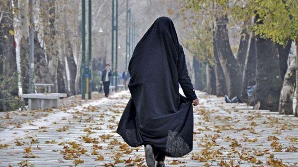 حجاب قانونی یا اختیاری؟