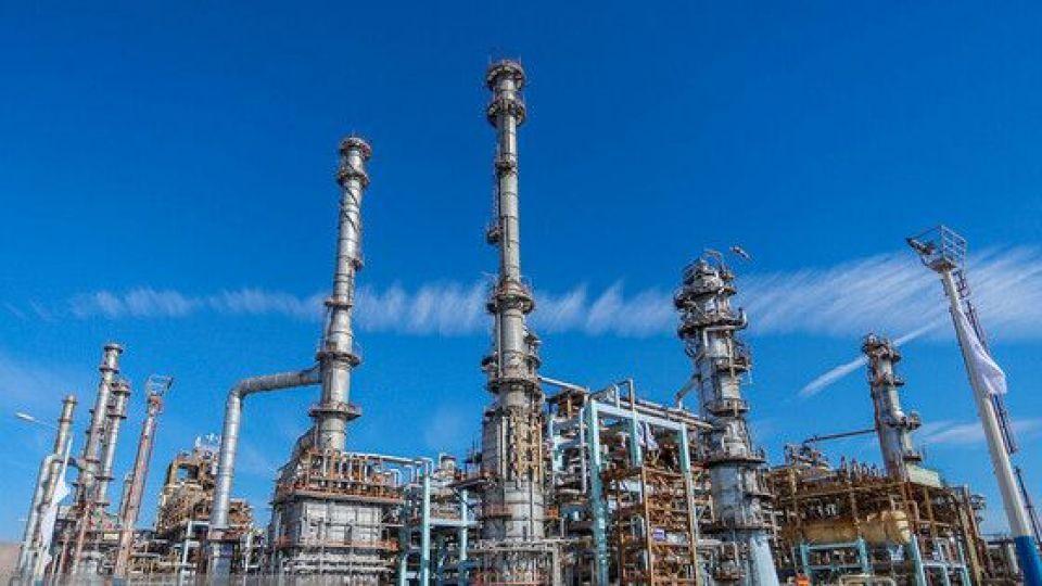 امضای قرارداد گازی ۴۴۰ میلیون دلاری ایران