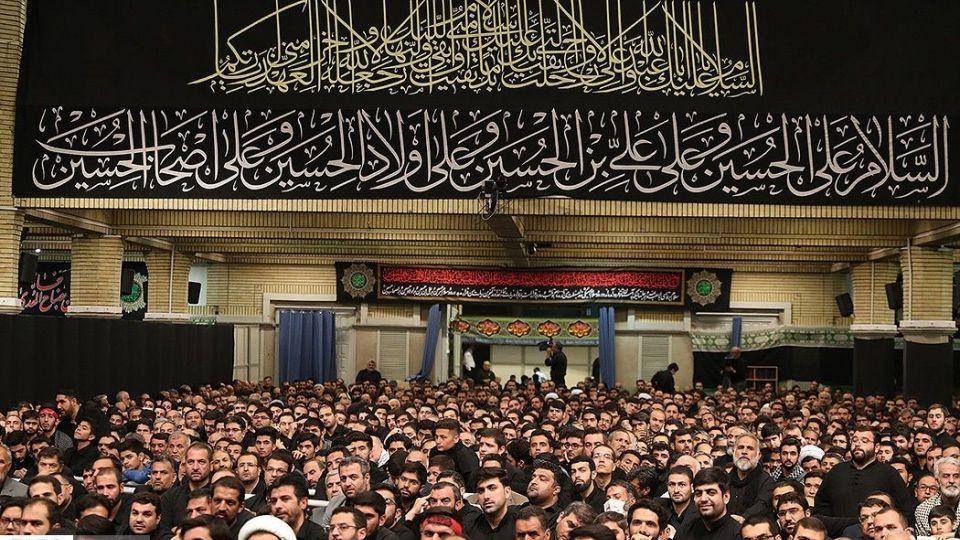 دومین شب عزاداری شهادت حضرت اباعبدالله الحسین (ع) در حسینیه امام خمینی(ره)