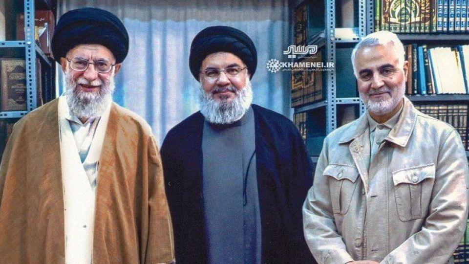 نتیجه تصویری برای عکس رهبر و سردار سلیمانی