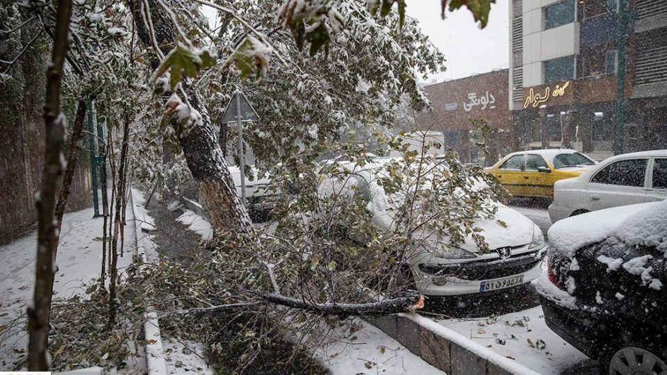 برف پائیزی در تهران