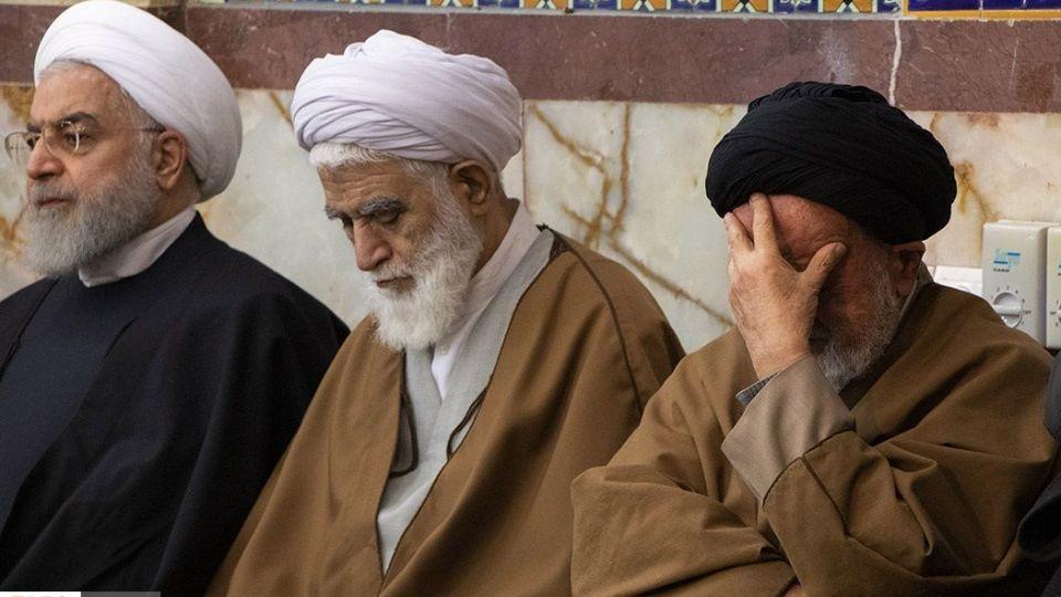 عکس مراسم ختم عکس جدید حسن روحانی خواهر رئیس جمهور خواهر حسن روحانی خانواده رئیس جمهور خانواده حسن روحانی برادر حسن روحانی اقوام حسن روحانی