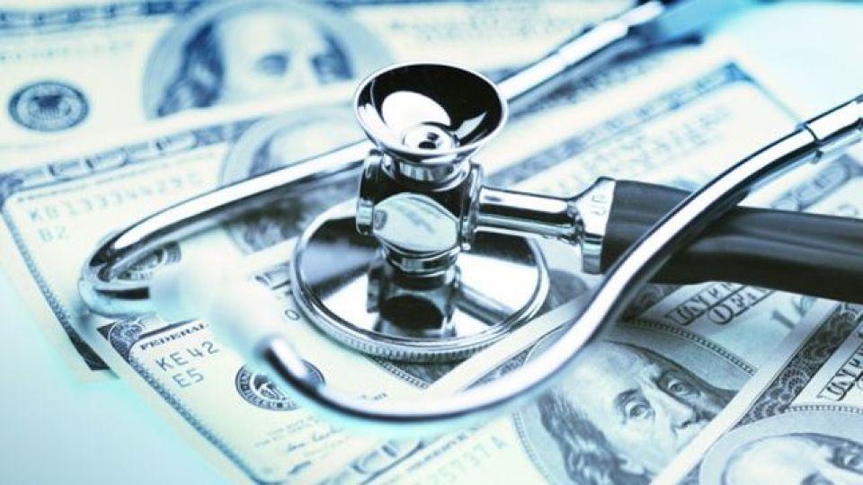 مالیات پزشکان آمریکایی سه برابر صادرات نفت ایران/ پزشکان ایرانی چقدر مالیات میدهند؟