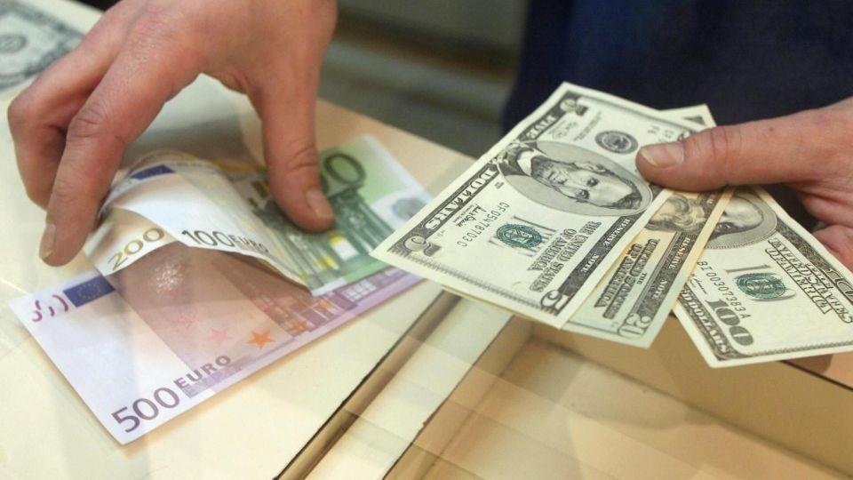قیمت دلار و یورو امروز پنجشنبه ۱۲ دی ۹۸/ نرخ رسمی ۲۱ ارز افزایش یافت