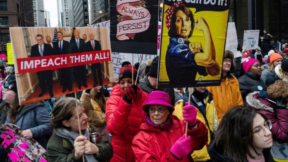 راهپیمایی زنان آمریکایی به تظاهرات علیه ترامپ تبدیل شد + تصاویر