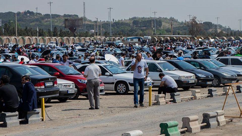 وضعیت بازار خودرو در شب عید چگونه است؟/ پراید و پژو با چه قیمتی معامله خواهد شد؟