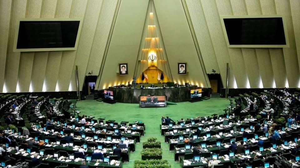 پرونده ۷۵ نماینده ردصلاحیت شده مجلس بسته میشود؟