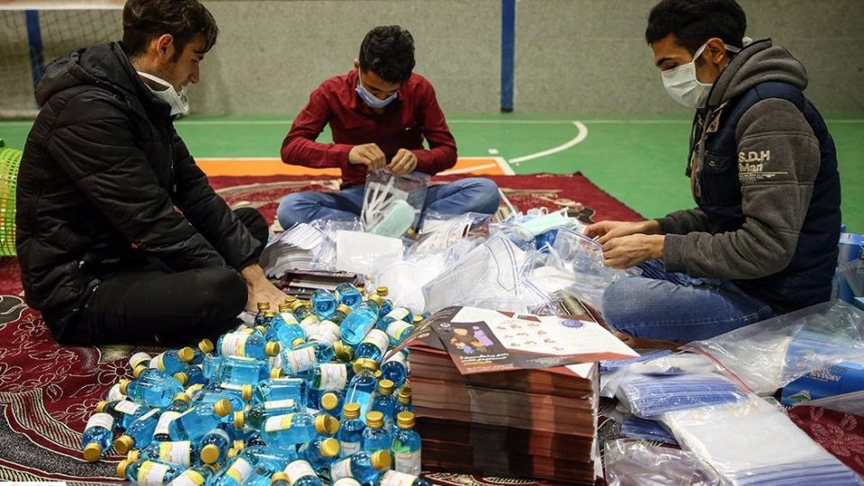 بسته بندی و توزیع ۵۰ هزار بسته بهداشتی در قم