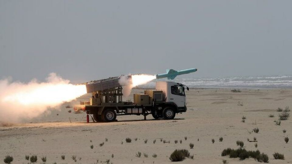 شلیک موفقیت آمیز نسل جدید موشکهای کروز دریایی برد بلند و کوتاه