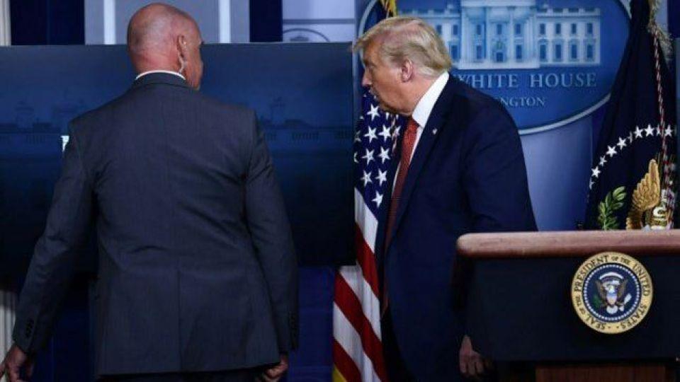 اگر ترامپ کاخ سفید را ترک نکند چه اتفاقی میافتد؟