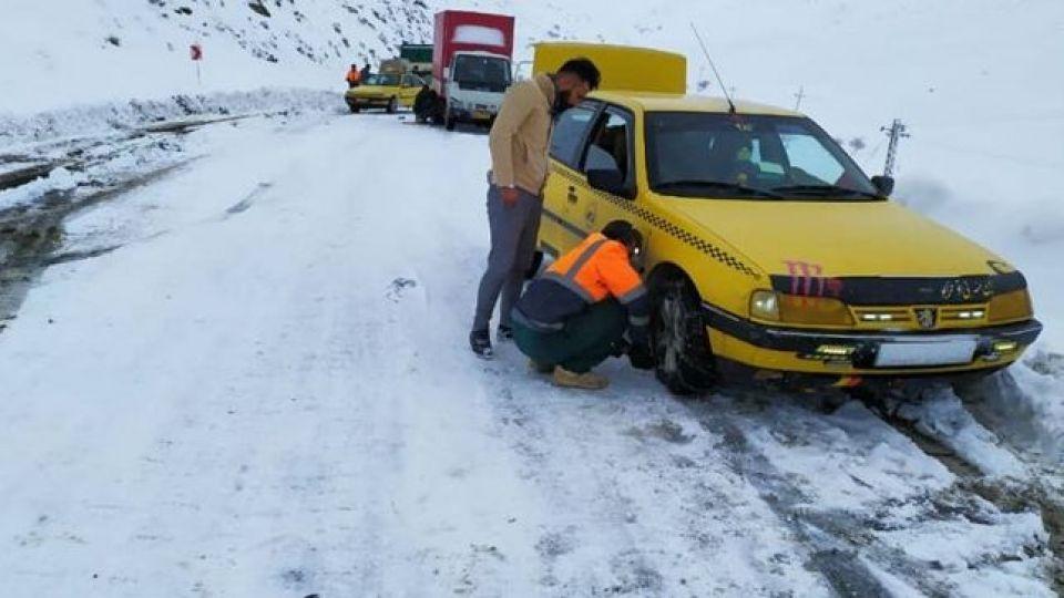 برف و باران در محورهای 20 استان و انسداد 7 جاده