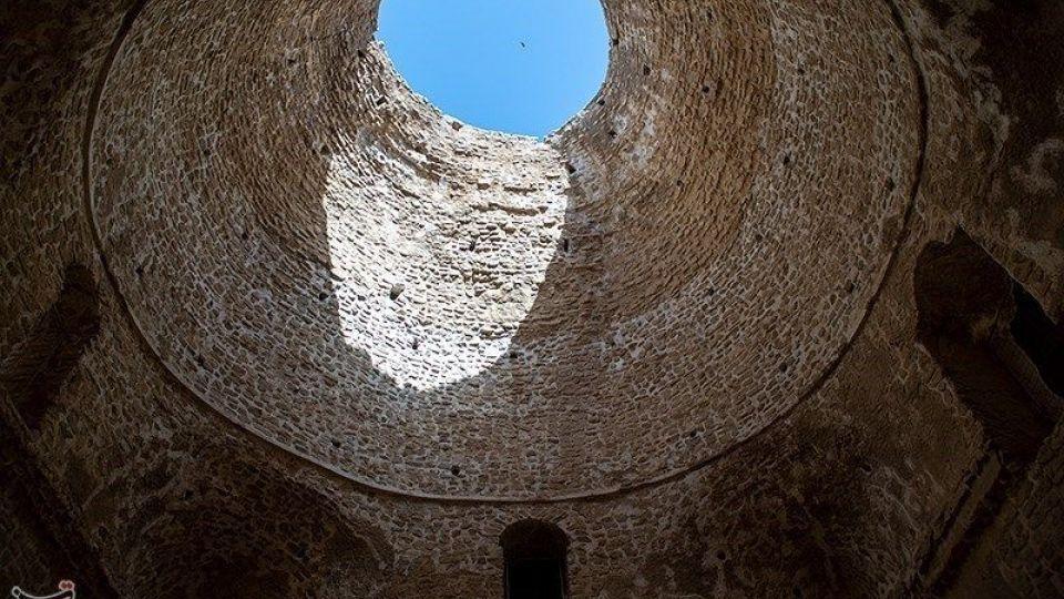 کاخ اردشیر بابکان -فارس