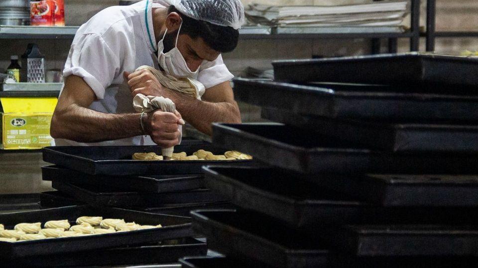 کارگاه تهیه زولبیا و بامیه در ماه رمضان