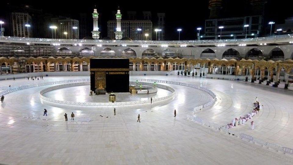عربستان سعودی: مراسم حج تحت تدابیر بهداشتی برگزار میشود