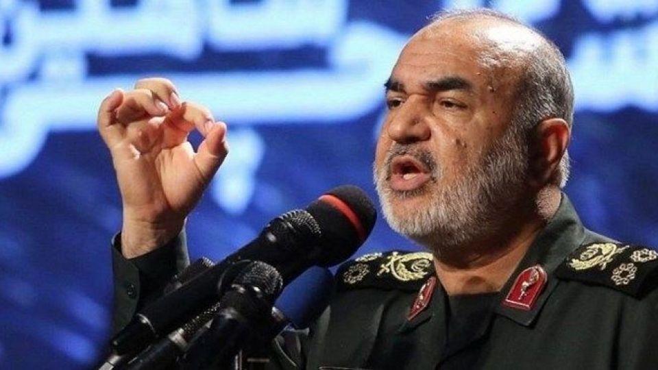 سردار سلامی: مردم شریف ایران با آراء خود دشمن را موشکباران میکنند