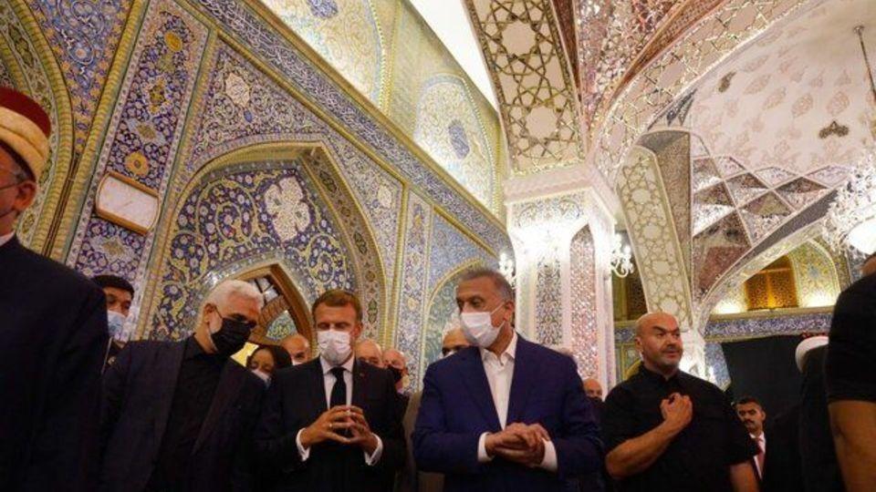 تصاویری از حضور ماکرون در حرمین عسکریین