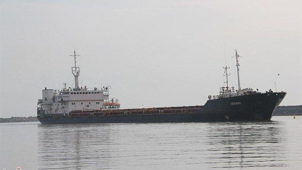 پهلوگیری 15 فروند کشتی حامل کالاهای اساسی در بندر شهید رجایی