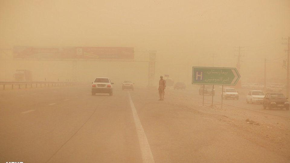 سیستان و بلوچستان و هرمزگان همچنان تحت تاثیر طوفان «شاهین» /کاهش دما در شمال کشور