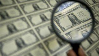 دوراهی شاخص دلار/چگونه قدرت تصمیم گیری فعالان بازار مختل شد؟