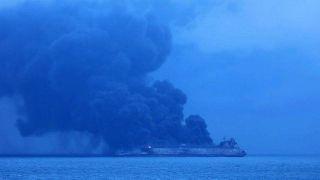 """نزدیک شدن اطفای حریق """"سانچی"""" به مراحل پایان یتیمهای تجسس امروز وارد نفتکش میشوند"""
