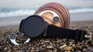 ساعت هوشمند بالدار ساخته شد!