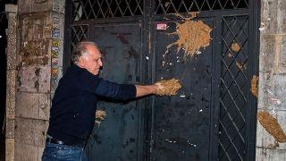 احمد نجفی درب شورای صنفی نمایش را گِل گرفت