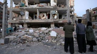 سرنوشت نامعلوم پولهای مردم در دستان سلبریتیها/ کمکها به زلزلهزدگان نرسید