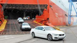 جزئیاتی جدید از توزیع رانت در واردات خودرو؛ حمایت ویژه «وزیر صنعت» از یک واردکننده + سند