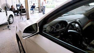 کاهش پلکانی قیمت خودرو آغاز شد