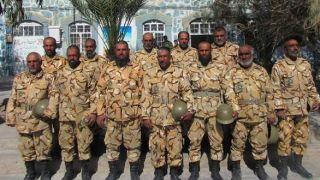 گزارش از پادگان 08 خاش/ سربازانی با ریش های سفید+ عکس