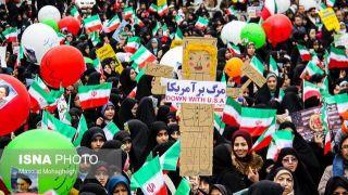 رویترز: ایرانیان گذشت چهل سال از سقوط شاه را با شعار مرگ بر آمریکا گرامی داشتند