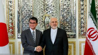 ظریف با وزیر خارجه ژاپن دیدار کرد